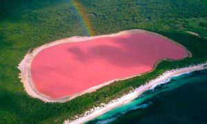 colorful lakes in the world