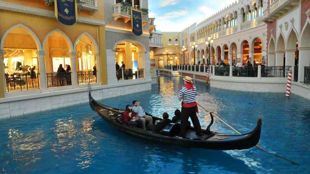 Venetian Hotel and Gondola Rides