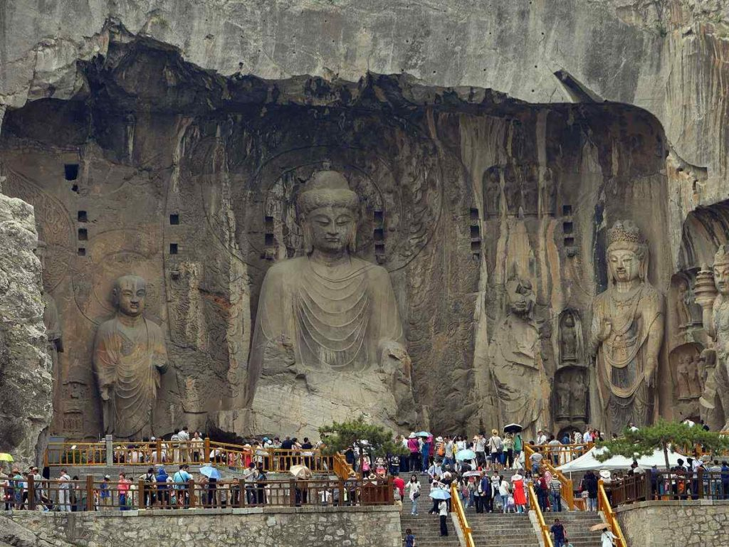 LONGMEN GROTTOES, Historical place in Luoyang, China